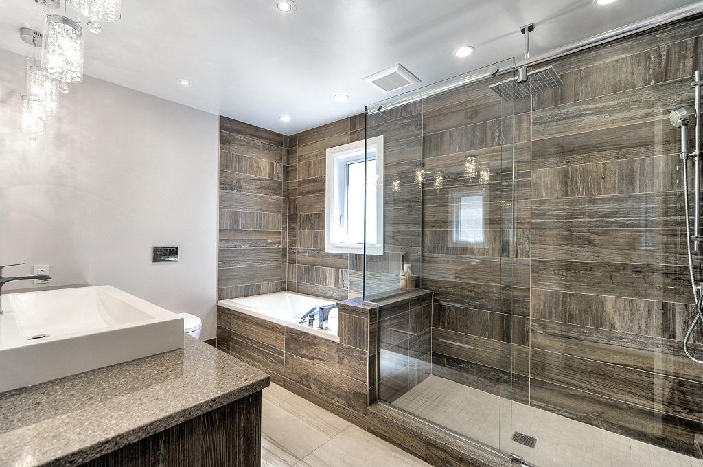 Salle de bain moderne cabine douche